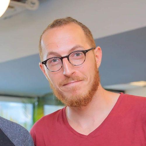Nadav - Hebrew Teacher in Tel Aviv: Hey everyone! I'm Nadav, 2...