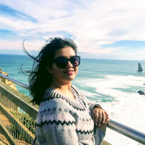 Maitri - Melbourne: I'm a literature student who is really pas...