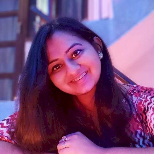 Ananya - Hindi Teacher in Sydney: Student nurse at Western Syd...