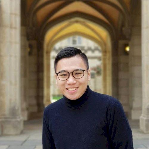 Felix - English Teacher in Jakarta: Experienced in teaching Ma...