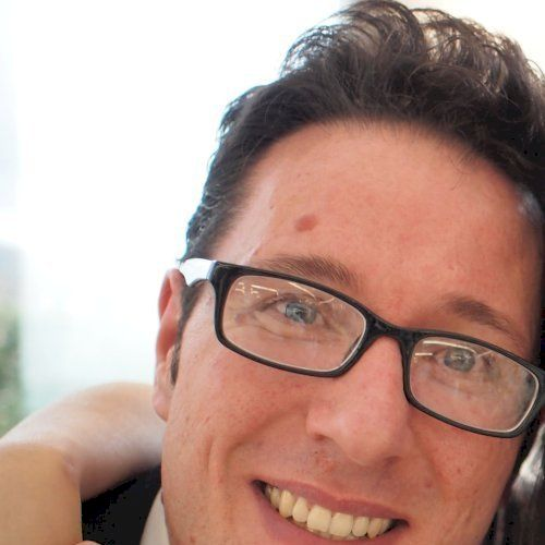 Alessandro - Italian Teacher in Hong Kong: Hello to everyone. ...