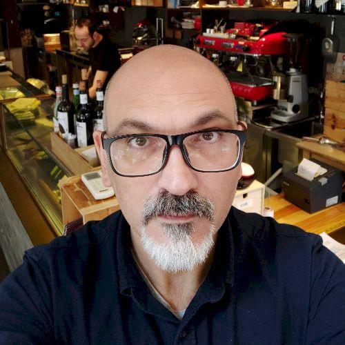 Ottavio - Italian Teacher in Hong Kong: I'm from Italy, living...