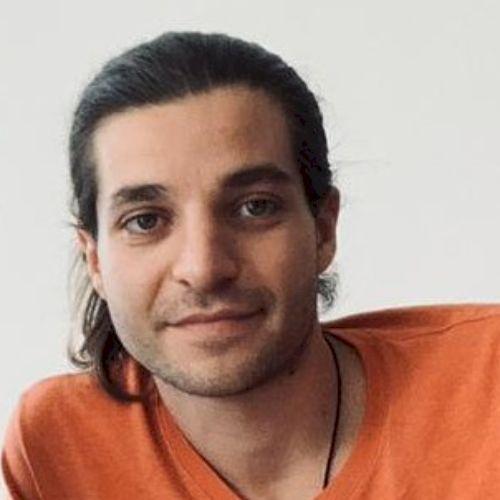 Pierre - Italian Teacher in Hong Kong: Born in France, raised ...
