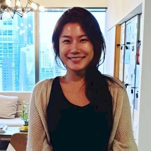 Jinny - Korean Teacher in Singapore: Hello! I've been living i...