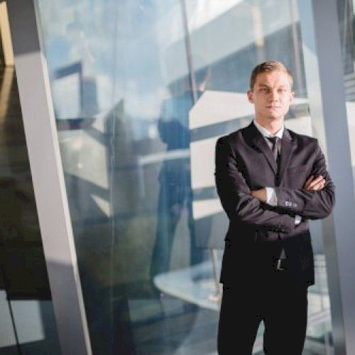 Igor - Russian Teacher in Hong Kong: I taught English before t...