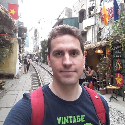 Javier - Spanish Teacher in Singapore: Hello! This is Javier, ...