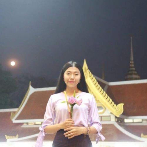 Kruewan - Thai Teacher in Singapore: Hi! I graduated from univ...