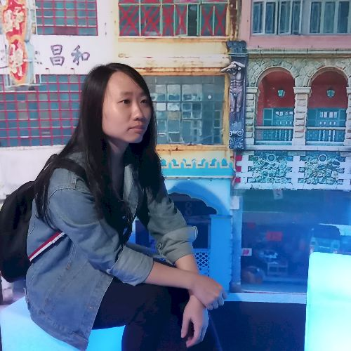 Phiranthorn - Thai Teacher in Singapore: I have been staying i...