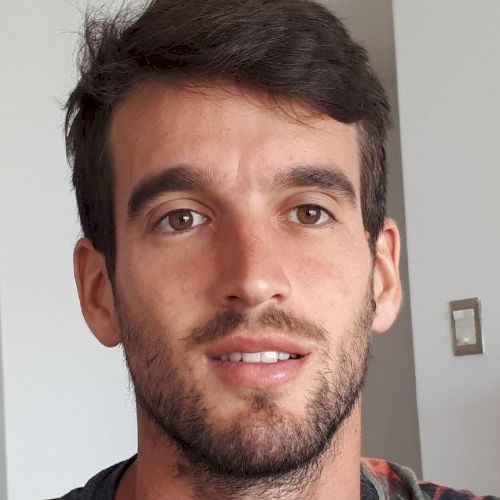 Santiago - Christchurch: I am an Argentinian guy going trhough...