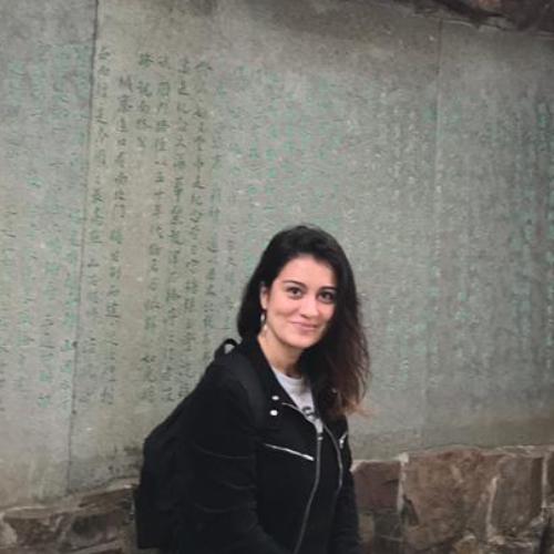 Tania - Hong Kong: Italian teacher from Rome offer private les...