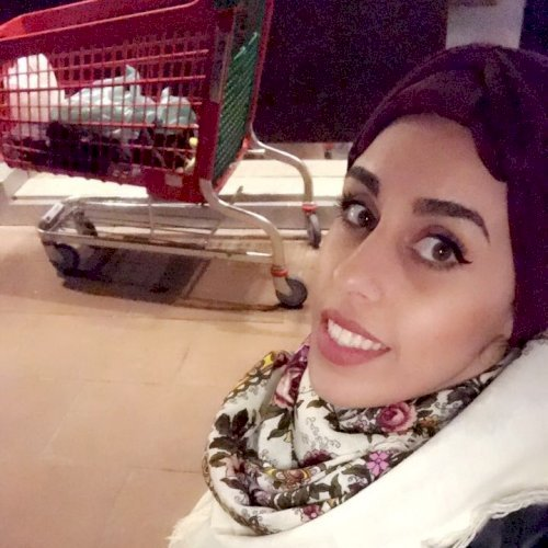 Tasnim - Arabic Teacher in Dubai: My name is Tasnim from Jorda...