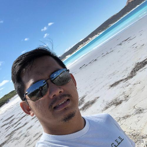 T m Zulfadli - Perth: I'm a student at Curtin University Perth...