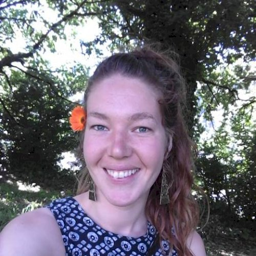 Vanessa - Wellington: 22, warm friendly lady.  Have traveled i...