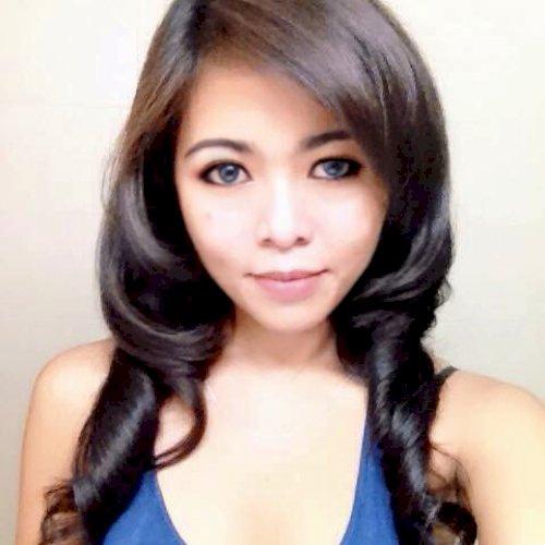 Varina - Jakarta: I lived abroad since I was a kid. 3 countrie...