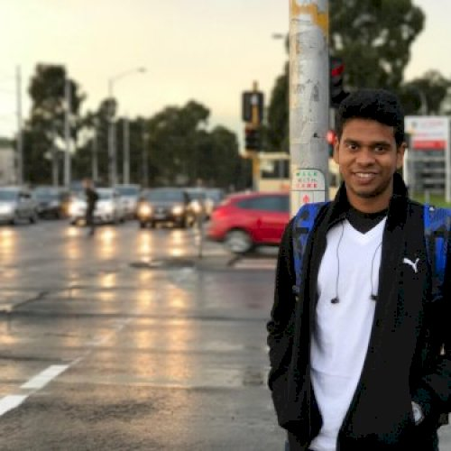 Vijayaprakash - Melbourne: Hi! My name is vijayaprakash, origi...