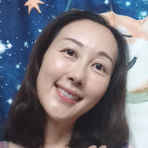Winnie - Hong Kong: This is Winnie. I have been teaching langu...