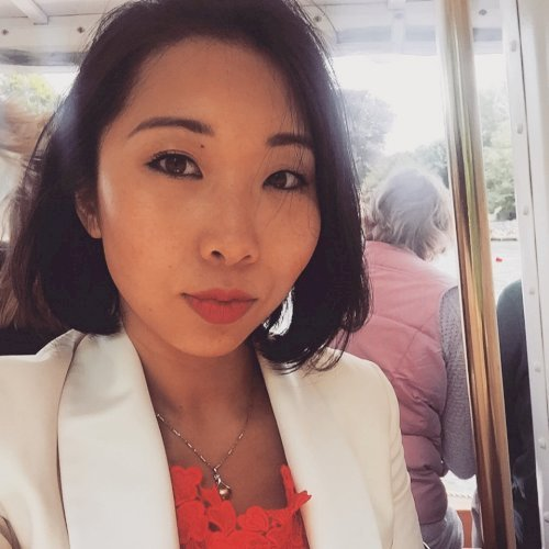 Yitong - London: Hi I'm currently an English Law student wit...
