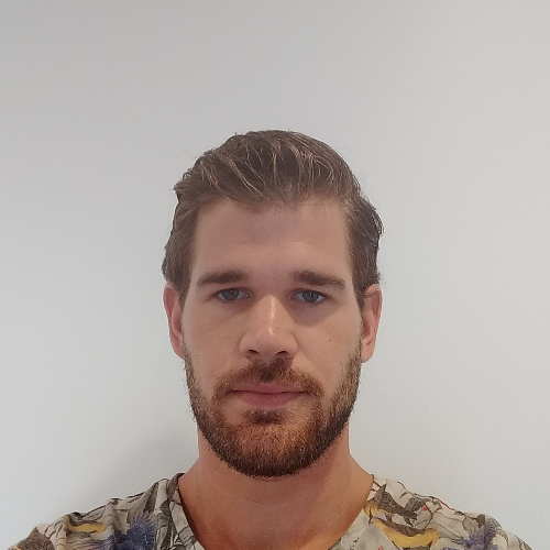 Ylan - Sydney: Hi there, I'm a 27 year old from the Netherland...