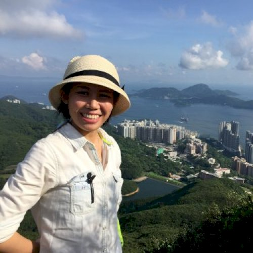 Kate - Hong Kong: Hi,I am Kate, from the North of Vietnam and ...