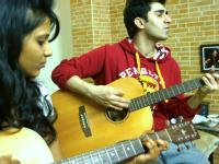 Sing and play the Guitar in 3 sessions
