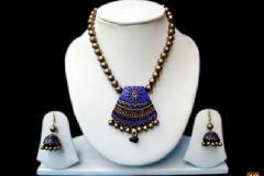 Terracotta jewelery making