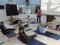 New Age Yoga class