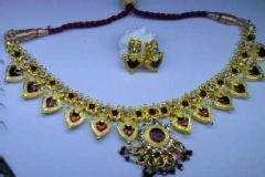 Craft classes  2014:  Jewellery making, glass painting