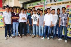 IIT Coaching in Bhopal- Mitesh Rathi classes for IIT JEE in Bhopal Physics, Chemistry, Maths, 10th, 11th, 12th Coaching