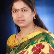Lavanya Loka Mehendi trainer in Hyderabad