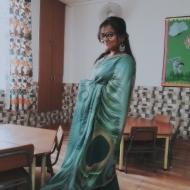 Kirti Khanwaria Art and Craft trainer in Delhi