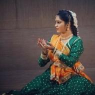 Himanshi J. Dance trainer in Pune