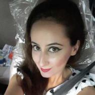 Swati Grover Makeup trainer in Delhi
