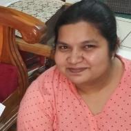 Swapnali . Calligraphy trainer in Pune