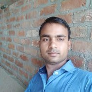 Shyam Mourya Class 9 Tuition trainer in Noida
