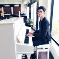 Shantanu Jagirdar Piano trainer in Pune