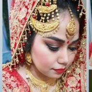 Dazzle Makeup trainer in Lucknow