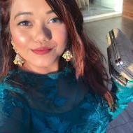 Nidhi S. Makeup trainer in Mumbai