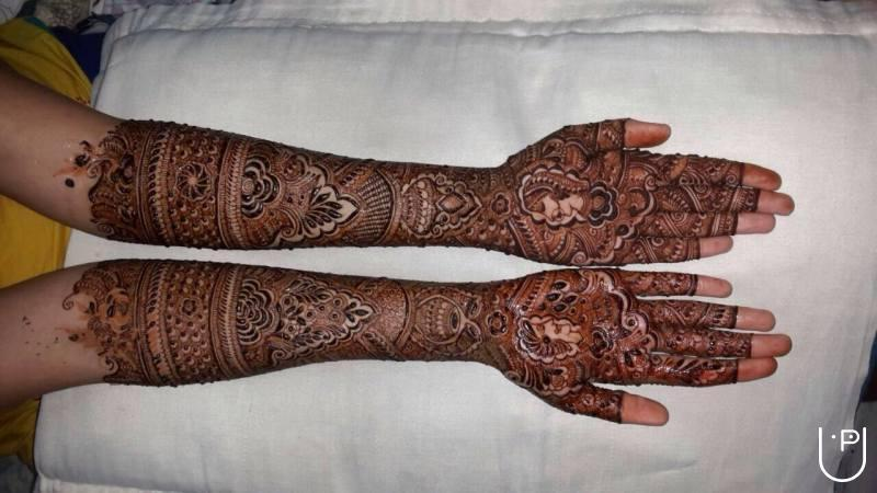 Bridal Mehndi Training : Bhoomi shah home tutor in borivali east mumbai for mehndi artist