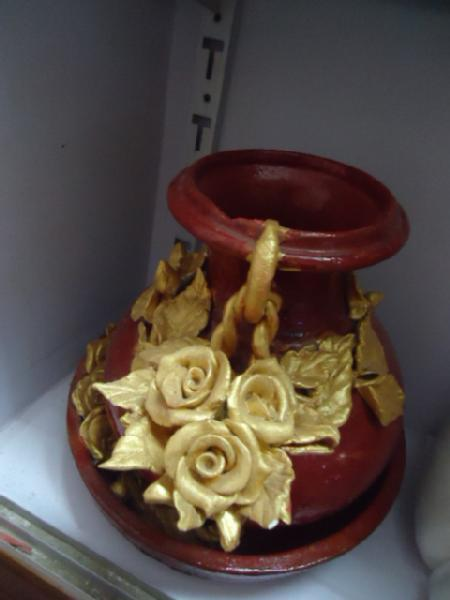 Ceramic art on pot in bangalore urbanpro for Ceramic mural making