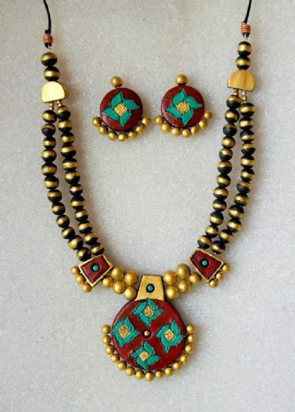 terracotta jewellery making workshop in Bangalore - UrbanPro