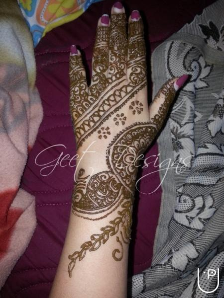 Mehndi Ceremony Cost : Geethika home tutor in electronic city bangalore for