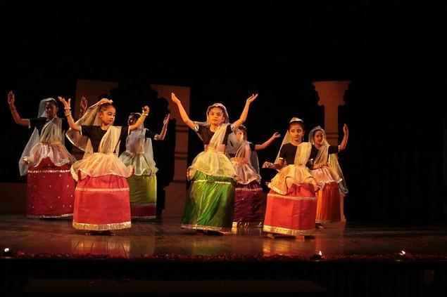 learn kathak and manipuri dance lessons online online