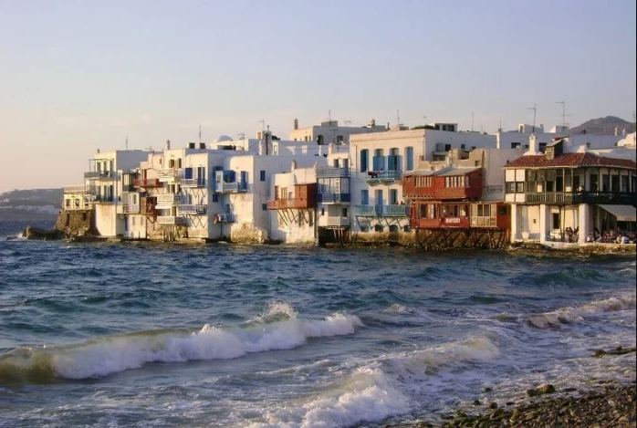 Greece 10D Itinerary: Witness The Magic of Athens, Santorini, And Mykonos!