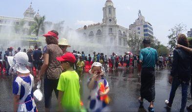 thingyan water festival