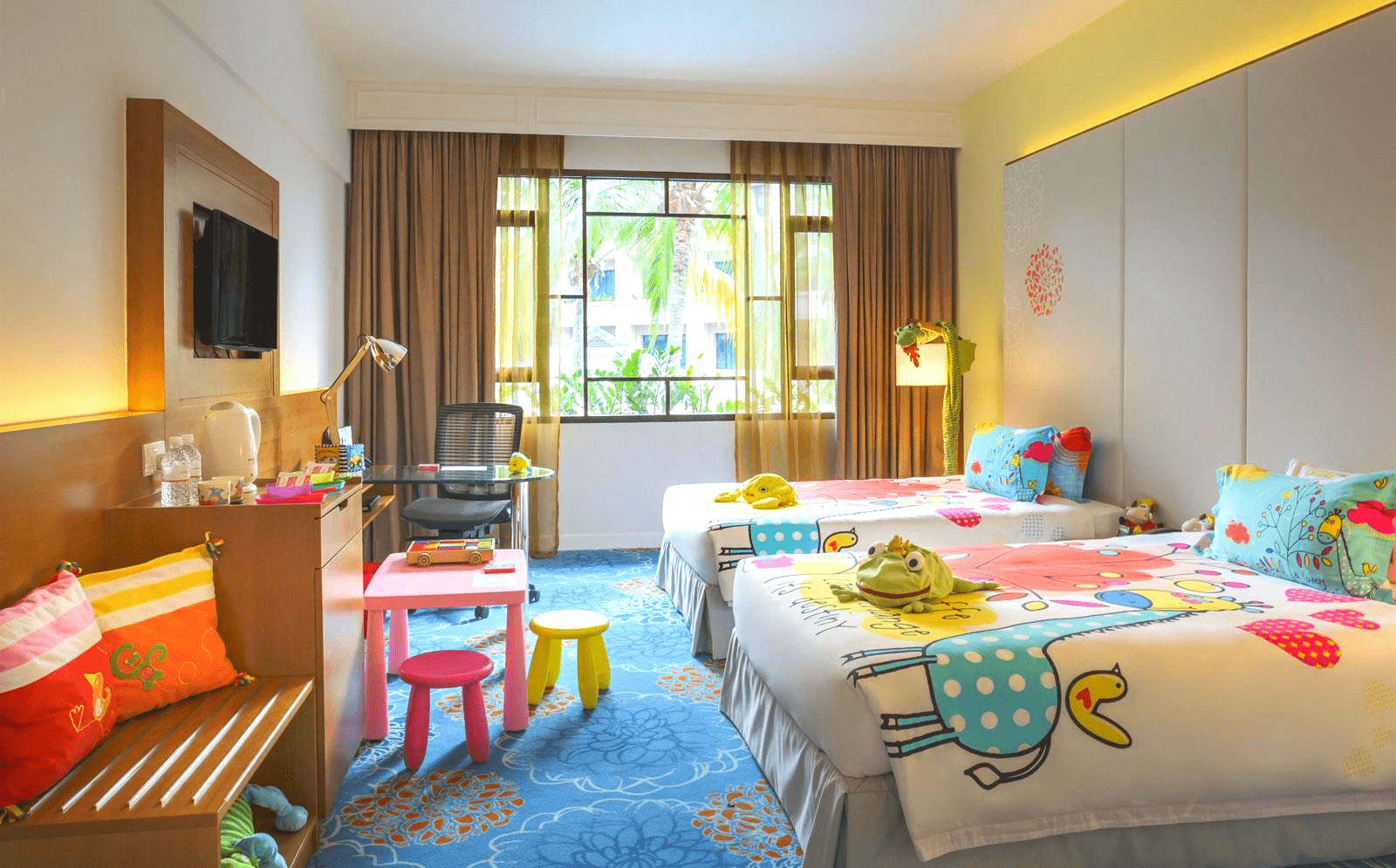 8 Family-Friendly Hotels in Singapore Perfect For A Staycation This June Holiday!