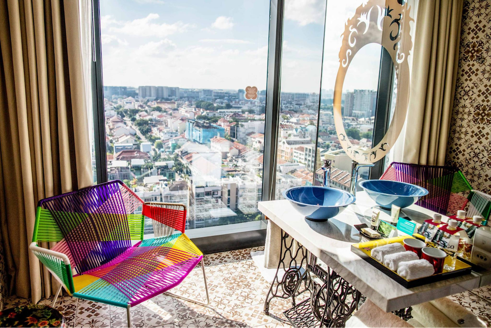10 Insta-worthy Hotels in Singapore that Will Channel the Inner Influencer in You