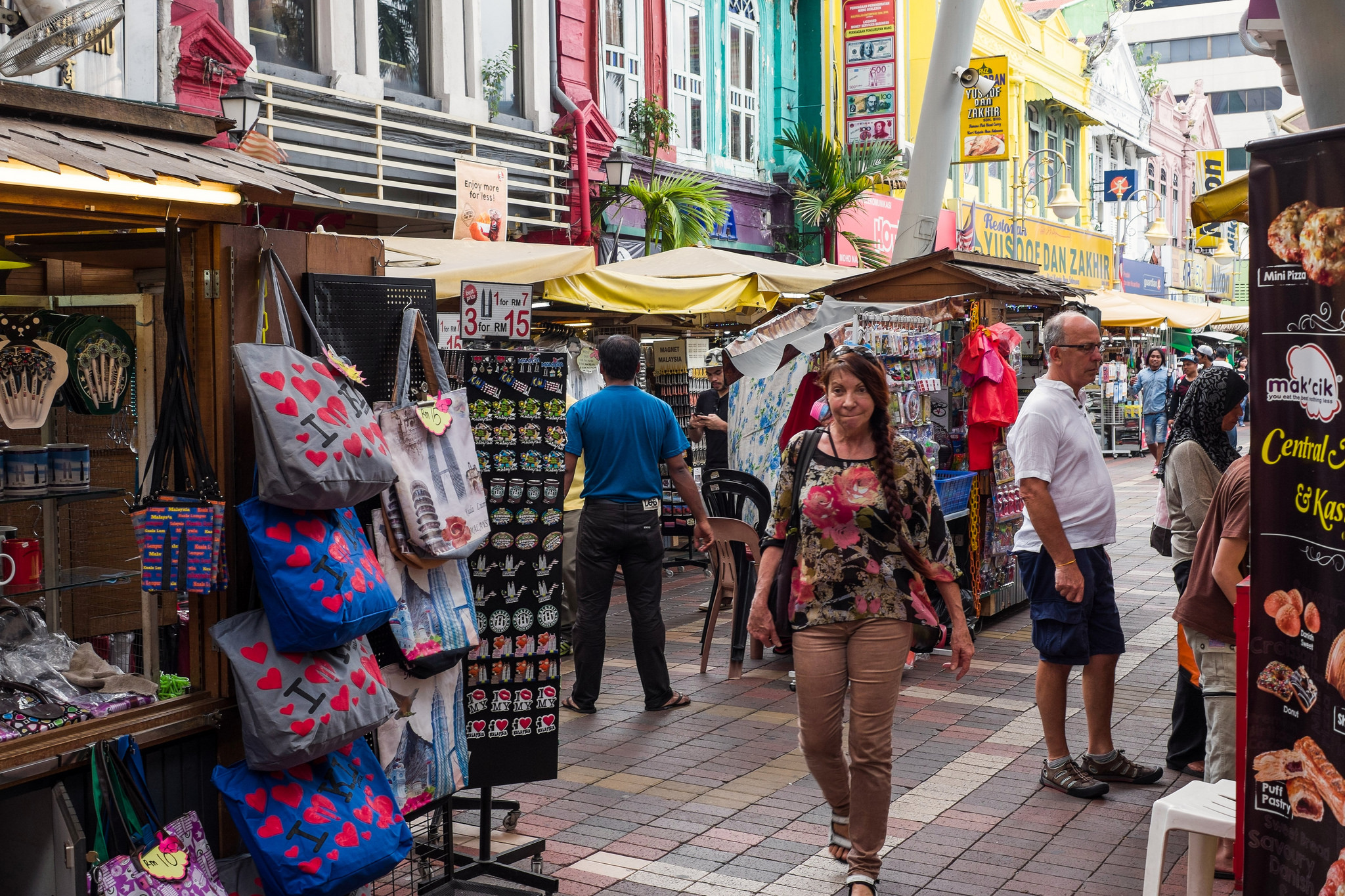 Top 7 steder at shoppe for souvenirs i Kuala Lumpur-9176