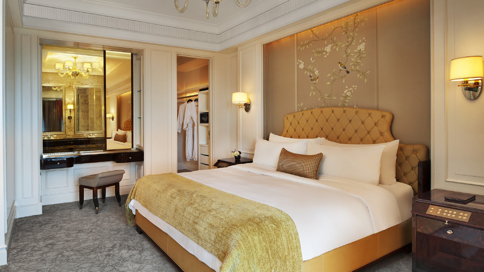 10 Luxury Hotels In Singapore With Staycation Deals You Can't Resist