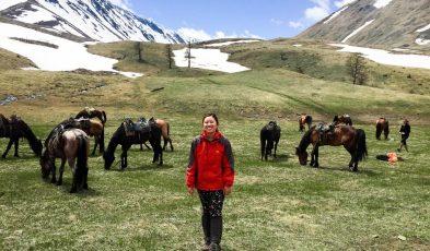 horse trekking in kazakhstan