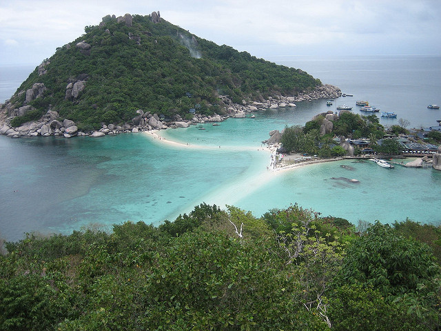 10 Gorgeous Hidden Beaches In Thailand To Visit Other Than